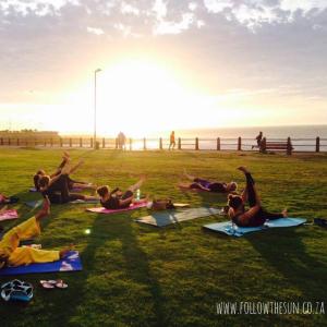 prom-yoga-photo
